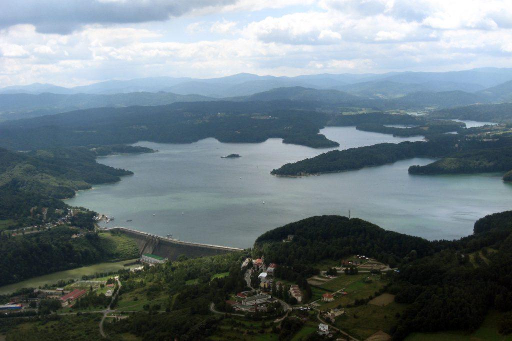 solina atrakcje jezioro solińskie i zapora