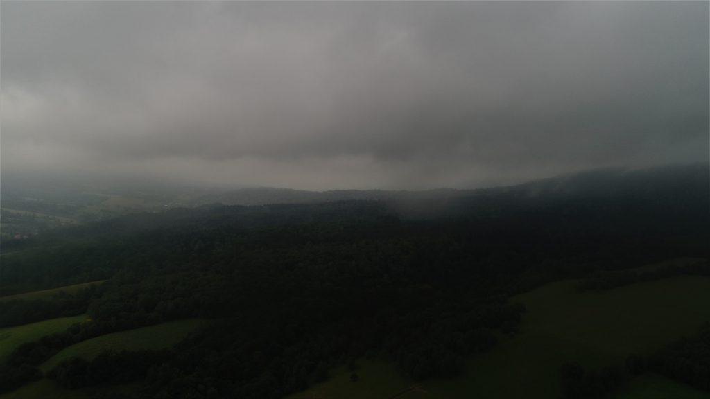 Loty widokowe Bieszczady deszcz