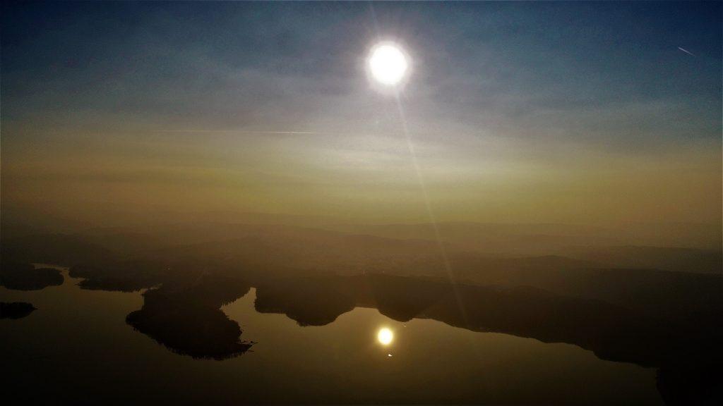 Jezioro Solińskie zachód słońca