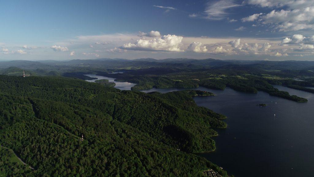 Zalew Soliński i góra Jawor